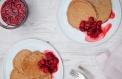 Ahududulu ve ballı, yulaflı pancake